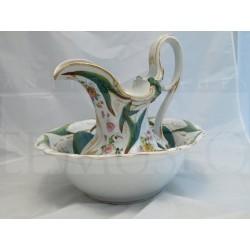 Aguamanil isabelino de porcelana