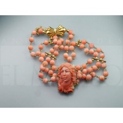 Nice coral necklace